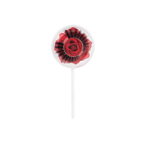 Lash Pop Rosa Roja Las pestañas de tira de Lash Pop vienen en cuatro estilos únicos, que dan un aspecto desde ligero y esponjoso hasta más voluminoso y dramático.Su banda delgada y flexible es ideal para moldear a la forma de cada ojo individual. Red Rose ofrece el estilo Lash Pop más voluminoso, con pestañas largas que se despliegan al final.Strip Lash Glue se vende por separado.